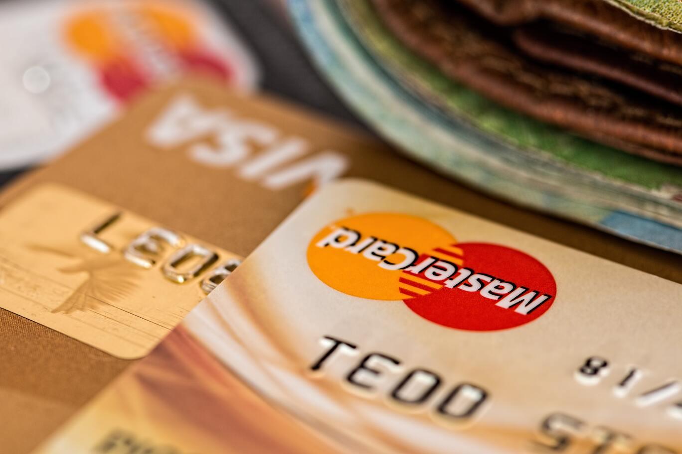 Debitarea si administrarea eficienta a contului – Invata cum sa scapi de griji