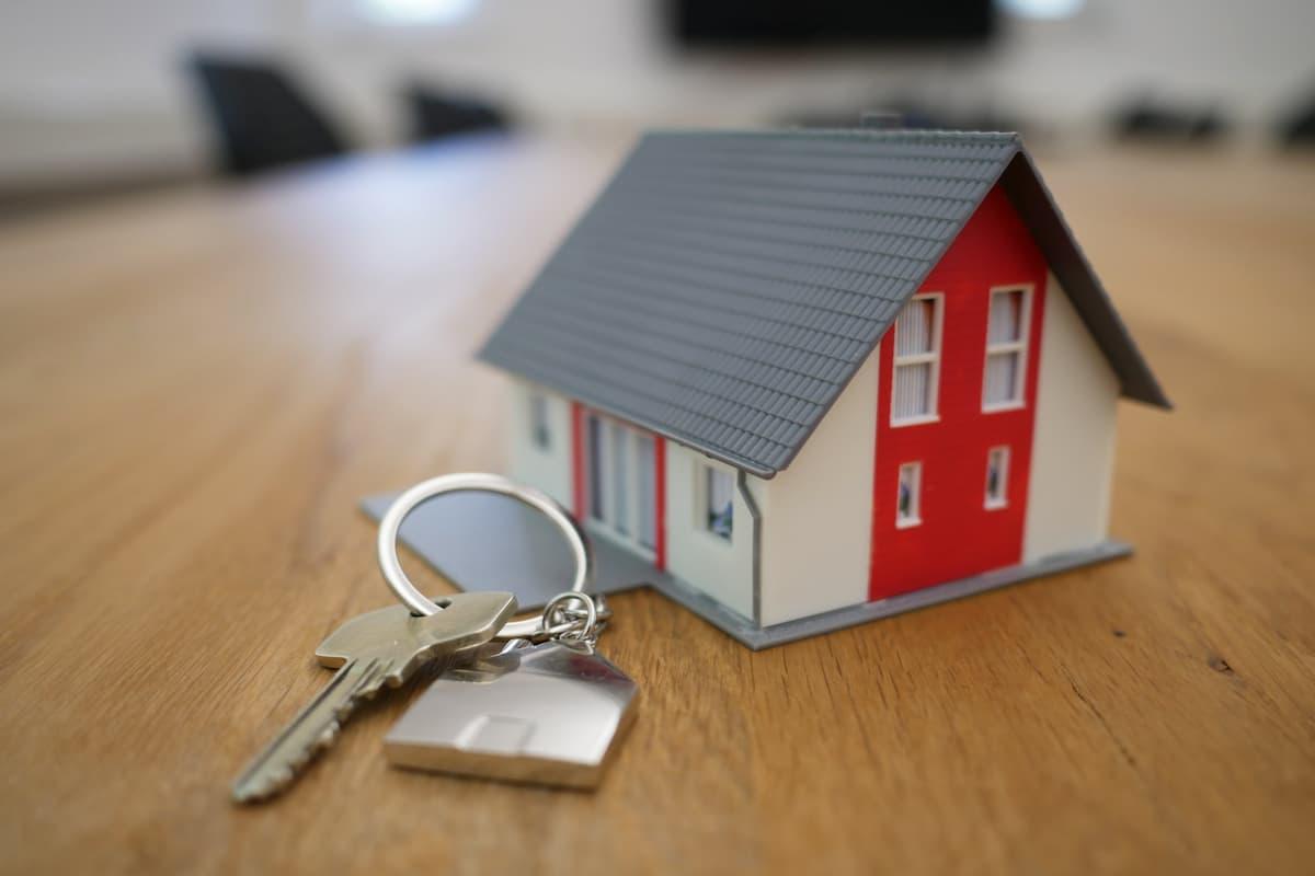 Simularea creditului ipotecar si strategia pentru a deveni mai repede proprietarul casei tale